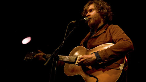 Folk & Bluegrass: Video: Doug Paisley at the Living Room