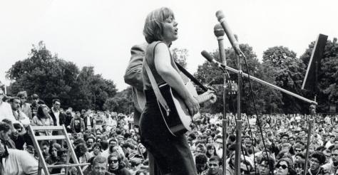 Folk & Bluegrass: Top 5: Powerful Female Folk Voices