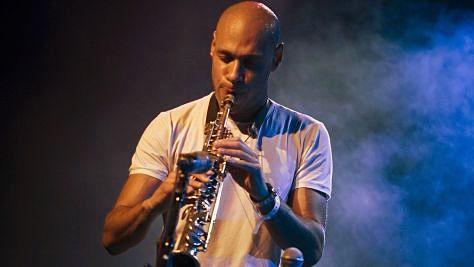 Jazz: Joshua Redman Goes 'Beyond' at Newport