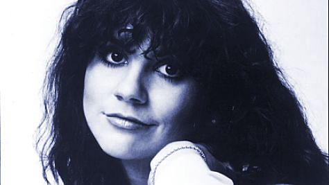 Rock: Linda Ronstadt's Country-Pop Appeal