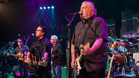Rock: Los Lobos at the Fillmore, 1998