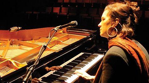 Jazz: Video: Patricia Barber at Newport, 2005