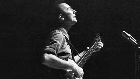 Folk & Bluegrass: Pete Seeger at New England College, 1972
