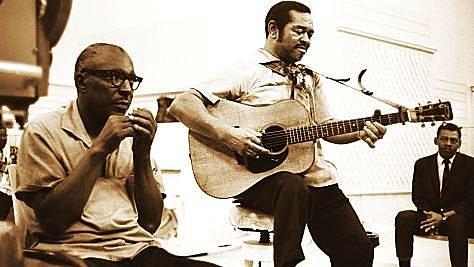 Blues: Sonny Terry & Brownie McGhee Hootin'