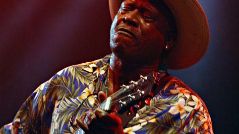 Blues: Video: Taj Mahal Plays Montreux