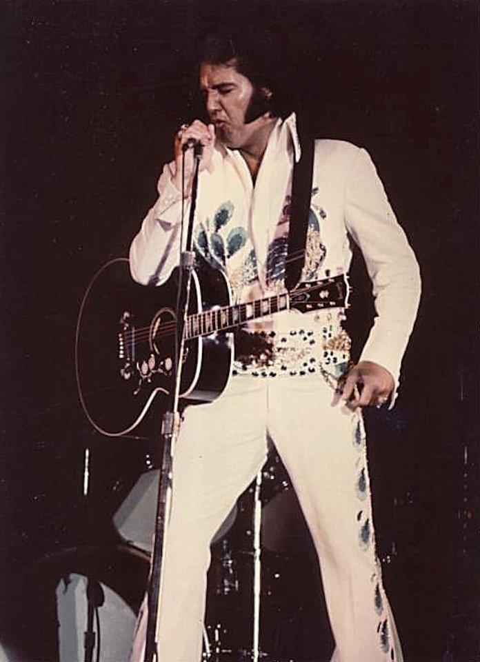 Vintage Elvis Presley 84