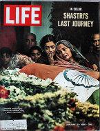 LIFE Magazine January 21, 1966 Magazine