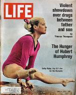 LIFE Magazine May 05, 1972 Magazine