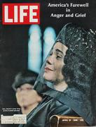 LIFE Magazine April 19, 1968 Magazine