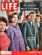 LIFE Magazine November 21, 1960 Magazine