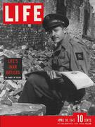 LIFE Magazine April 30, 1945 Magazine
