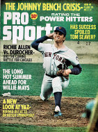 Pro Sports Vol. 8 No. 4 Magazine