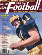 Street & Smith's College Football Yearbook Magazine